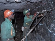 Mine workers threaten strike