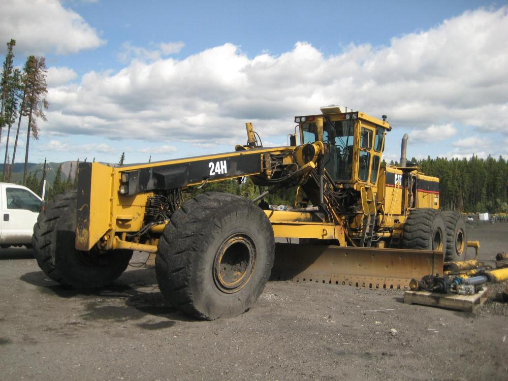 1999 caterpillar 24h used for sale in canada equipmentmine for Cat 24h motor grader