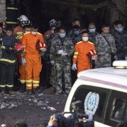 Search for trapped miners continues