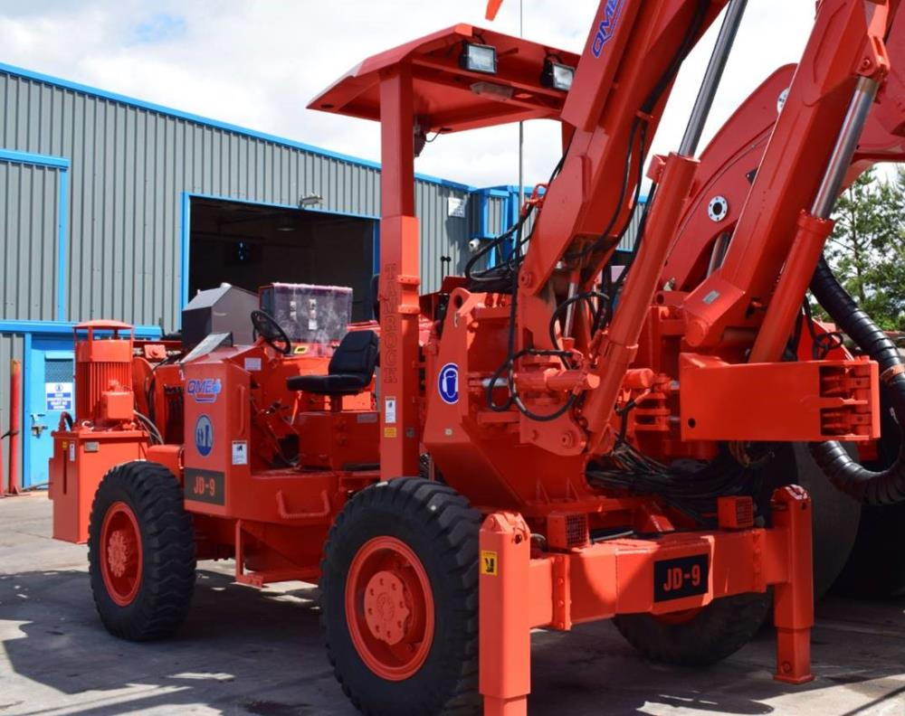 Sandvik Tamrock H105 Drill with basket (Used) for Sale in