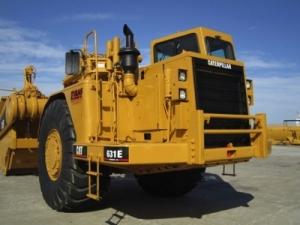 Caterpillar 631E Scraper
