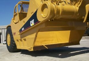 Caterpillar 657E Scraper